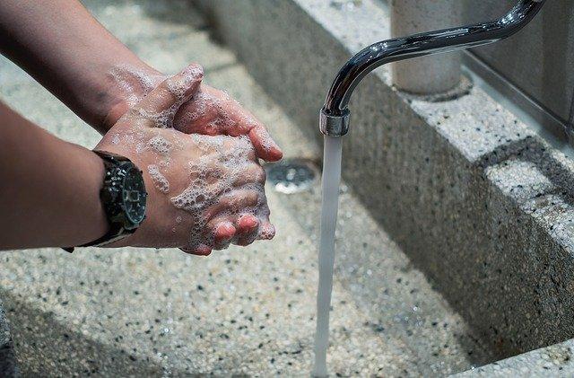 手洗いは感染防止の基本
